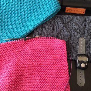 Вяжу на заказ яркие вещи: снуд готов, шапка-бини в процессе создания - OlchikKnits