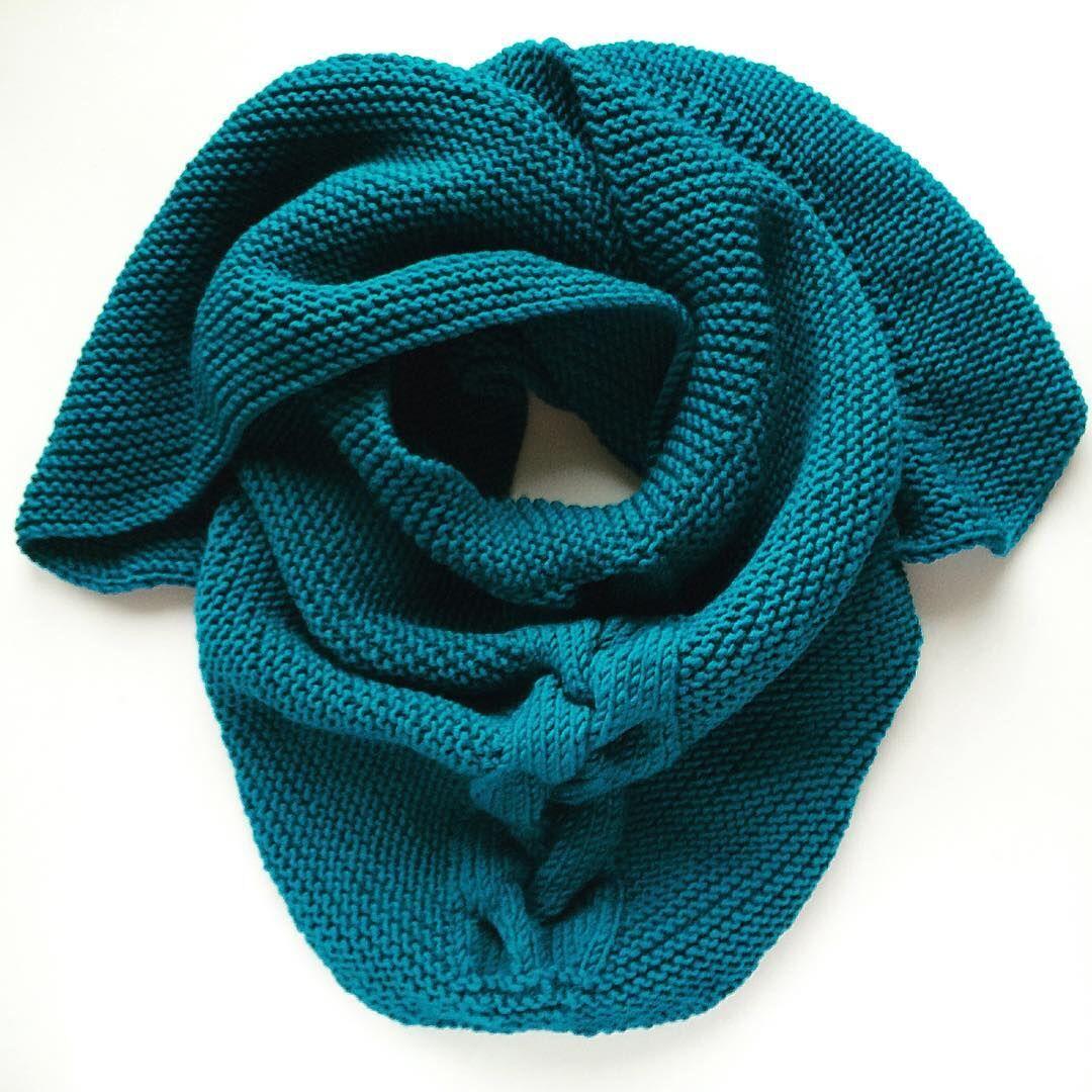 тёплый вязаный бактус треугольный шарф зимабудет